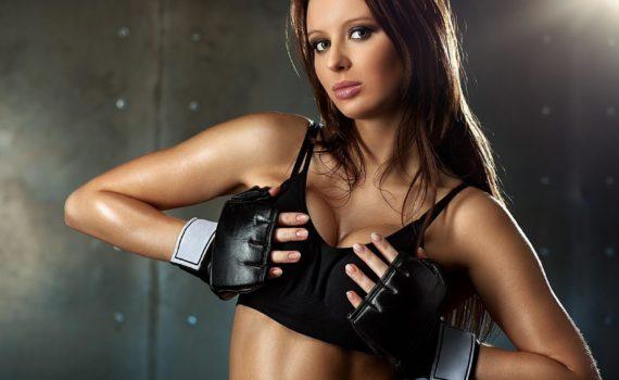 Фитнес: Упражнения для укрепления форм груди