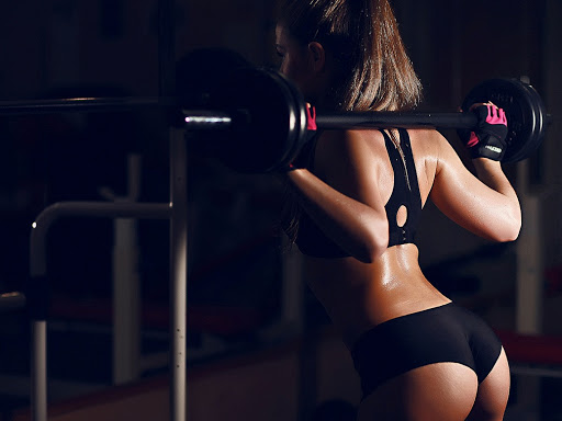 О пользе силовых тренировок при занятиях фитнесом